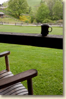mountain cabin rental with front porch rocking chairs