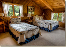 two bedroom unit in rustic smoky mountain lodge